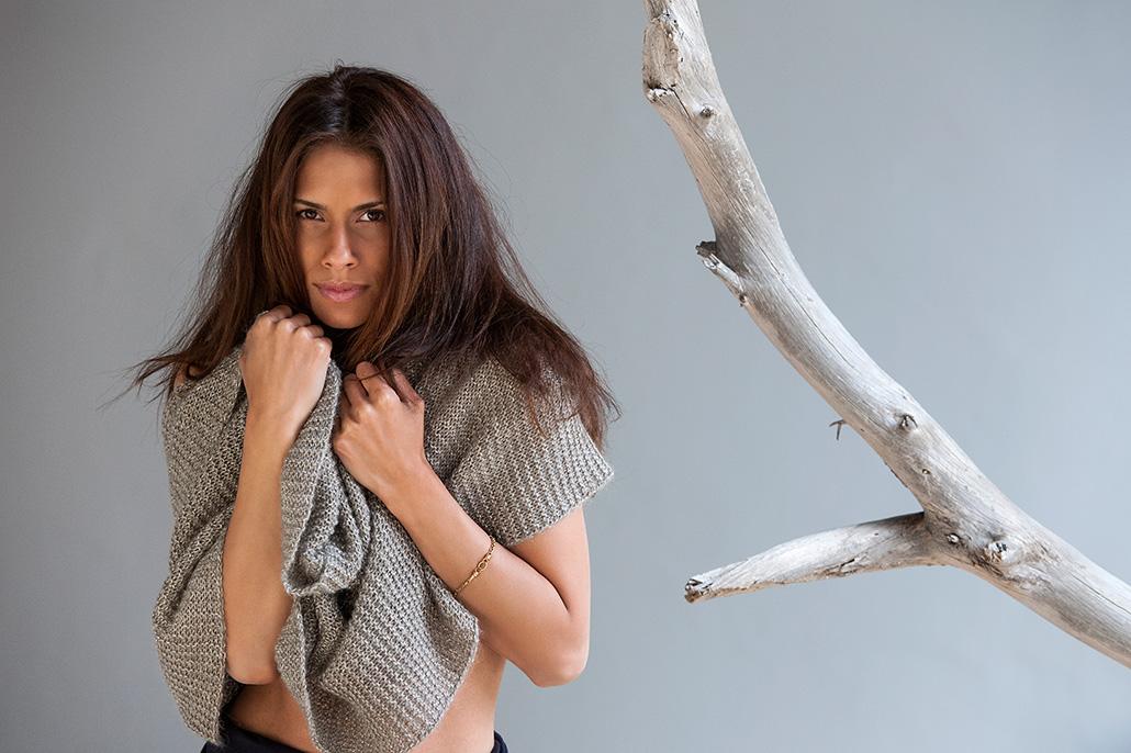 Portret vrouwelijk model. Berebeeld beeldretouche voor Rituals.
