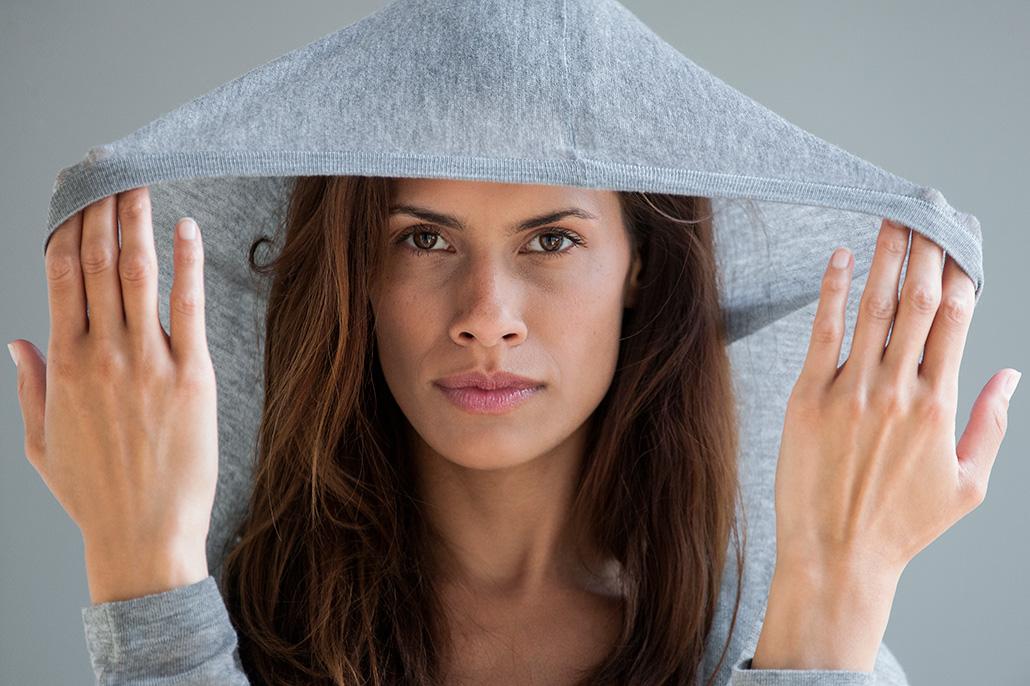 Portret vrouwelijk model. Berebeeld beeldretouche voor Jimmy Nelson | Rituals.